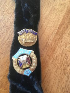 pins-district-deputy-and-40-year-items-2-3
